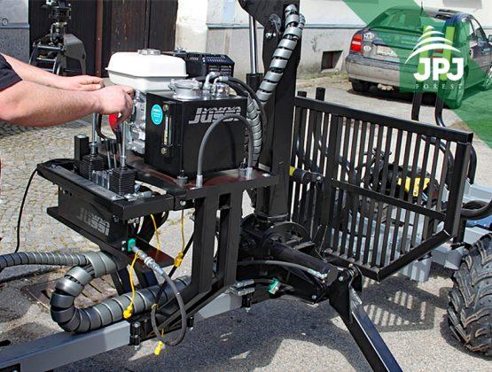 držák hydraulické jednotky na vyvážecím vleku