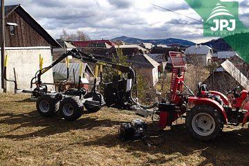 malotraktor a vyvýžečka dřeva