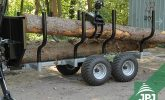 střední vyvážečka dřeva