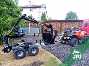 Pracovní čtyřkolka a vyvážecí vlek Vahva Jussi 1500_320