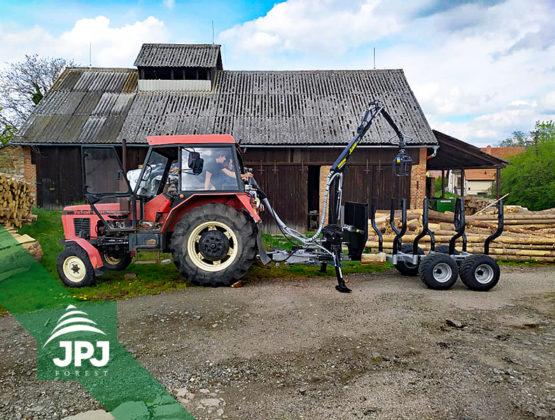 Traktorová vyvážečka 3000_500 a Zetor